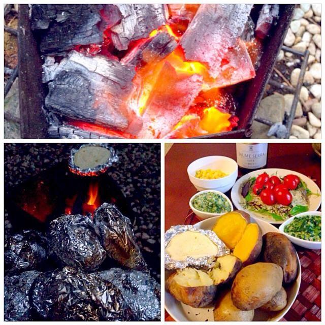 炭火調理しようとスタンバイも植え替えで時間が来てしまったので付け添えはリクエストあった焼き芋とジャガイモ〜ほっくほくで甘くて美味しい❗ 彩りでめちゃ簡単にサラダとコーンは私( ›◡ु‹ ) - 60件のもぐもぐ - Charcoal-grilled Potato&sweet potato炭火焼じゃがいも&安納芋 by chef fubby by Ami