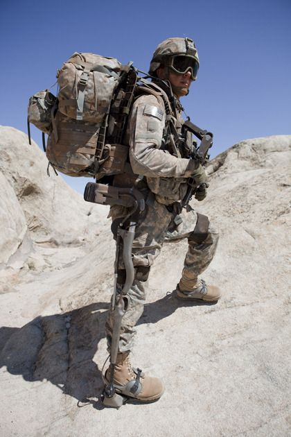 G.I. smash! Army tests HULC robotic exoskeleton | Military ...