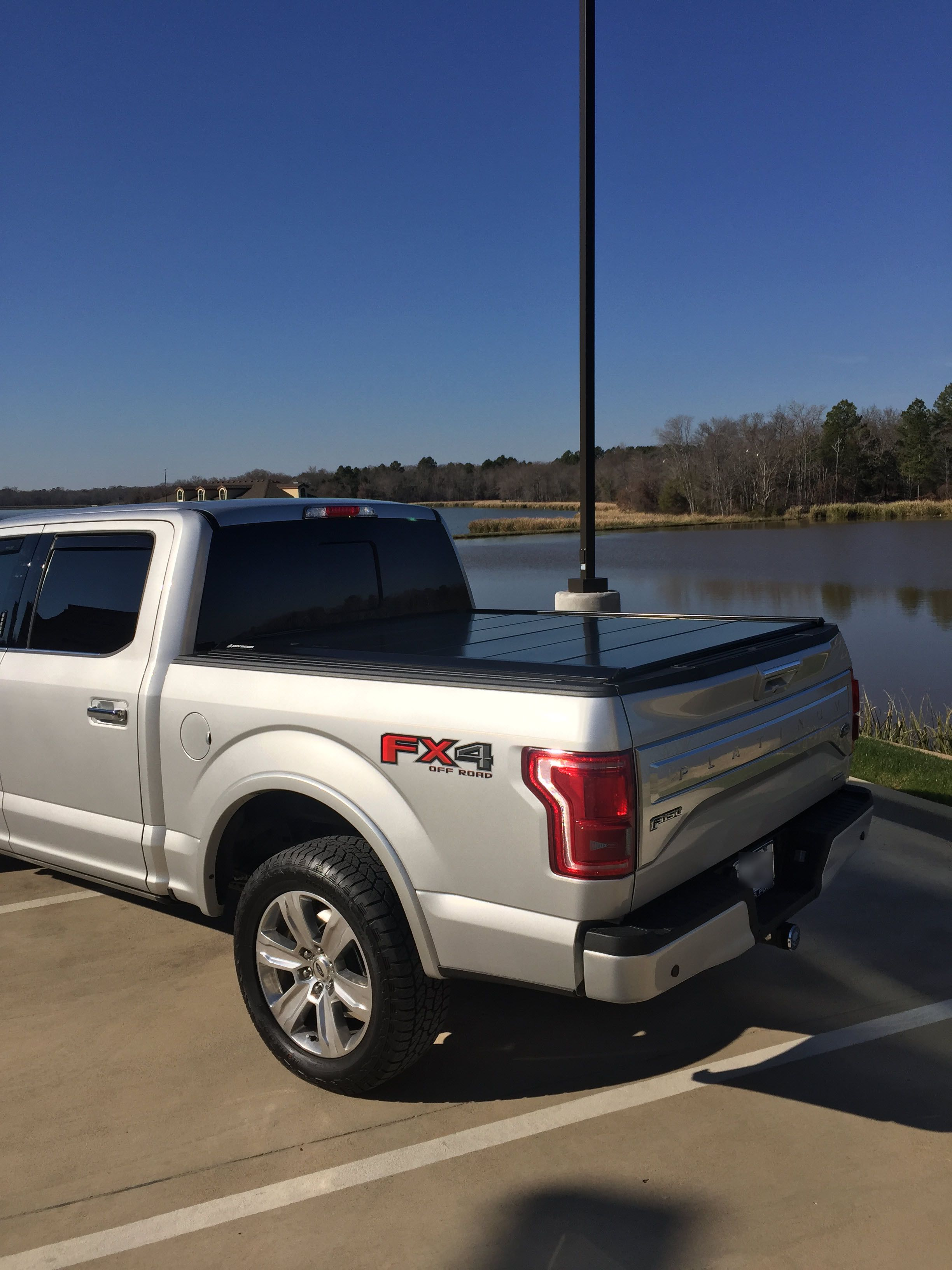 Ford F150 retractable tonneau cover on an Ingot Silver