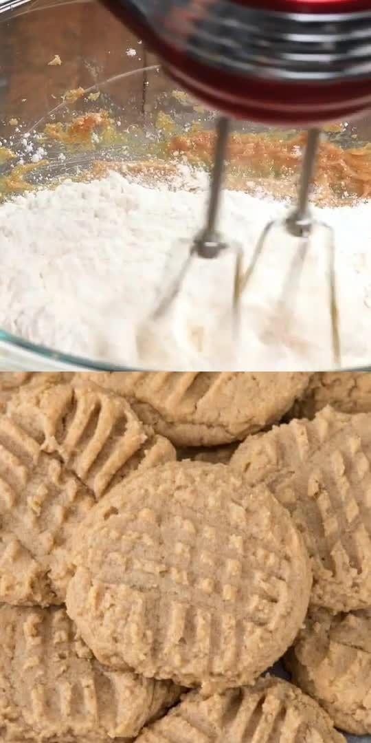 The BEST Peanut Butter Cookies Recipe