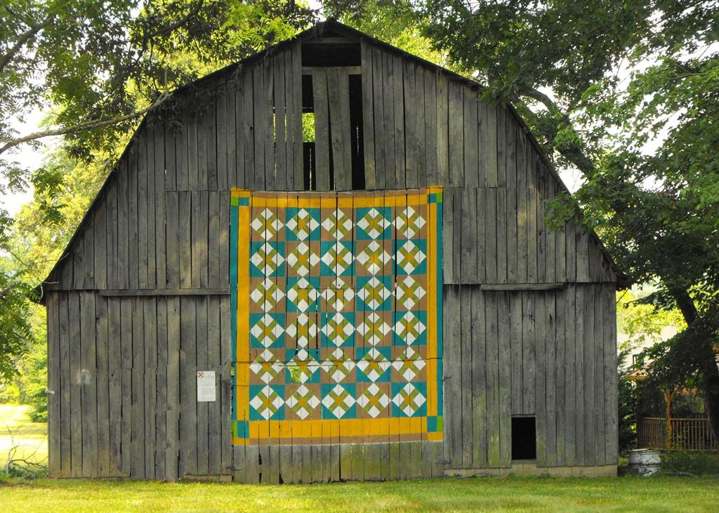 Thanks to Suzi Parron for permission to use these photos. For more information you can visit her website or check out her book on the subject Barn Quilts and The American Quilt Trail Movement.