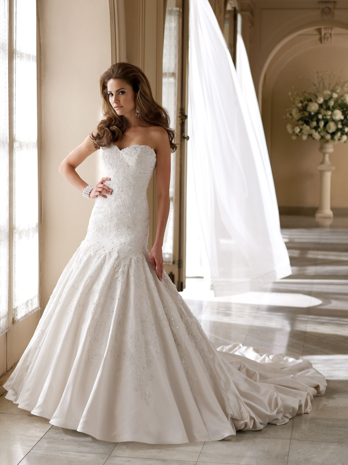 17 Best images about Wedding Dresses on Pinterest | Satin wedding ...