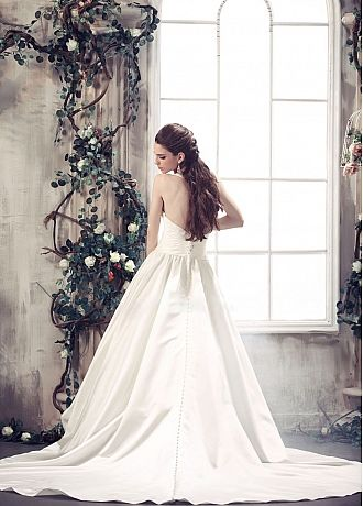 Fabulous Satin Ball Gowm Deep V-neck Neckline Natural Waist Beaded Lace Appliques Wedding Dress