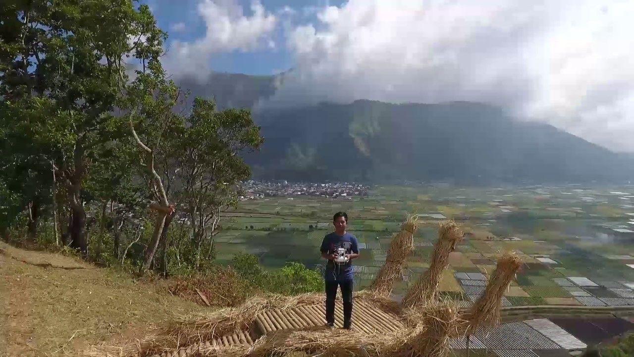 Harga Tiket Masuk dan Lokasi Bukit Monjet Sembalun, Spot