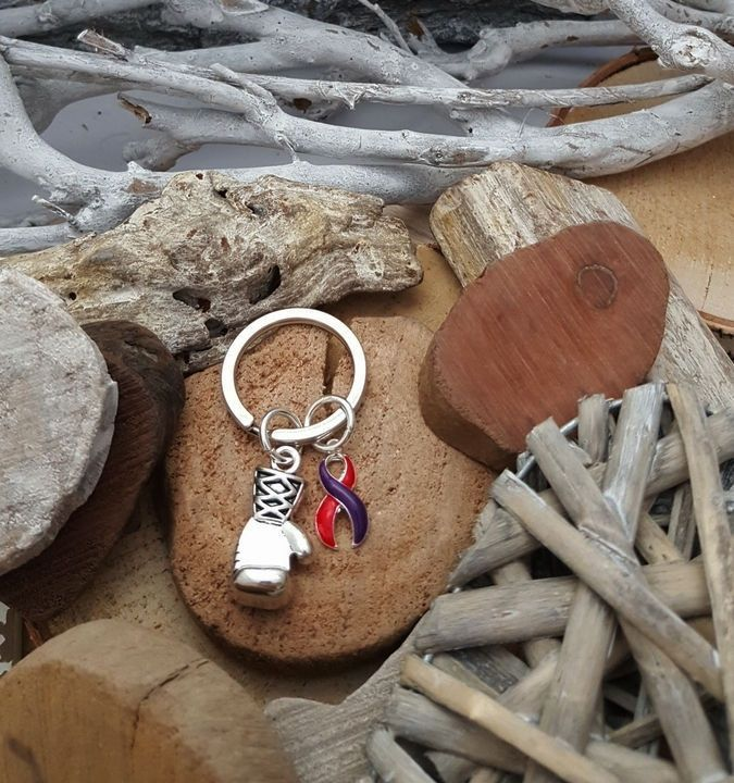 RP-6 Chronic Migraine Awareness DSRCT Cancer Awareness Boxing Glove Keychain for Him Keychain For Her Keep Fighting #B2