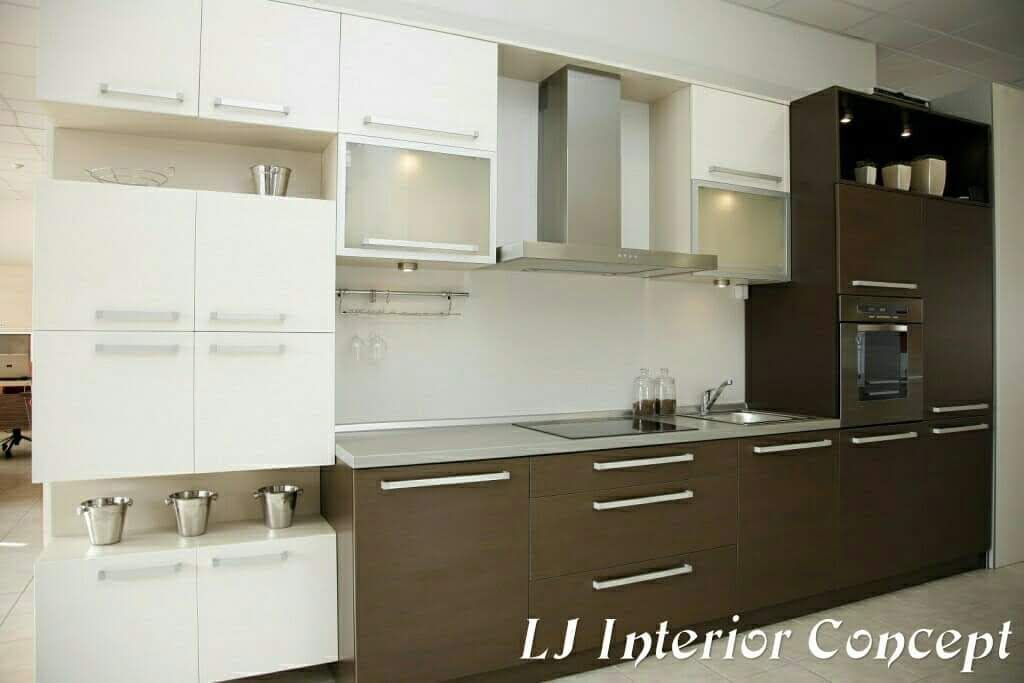 Narayan Villa Ahmedabad Modern By Lj Interior Concept Modern Homify Brown Kitchen Designs Kitchen Design Two Tone Kitchen Cabinets