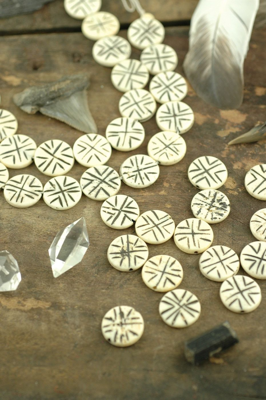 White Discs Hand Carved Coin Bone Beads 3x16mm 14 Beads Natural Indian Cow Bone Craft Jewelry Making Supply Bohemian Boho Crafts Cow Bones Bone Crafts