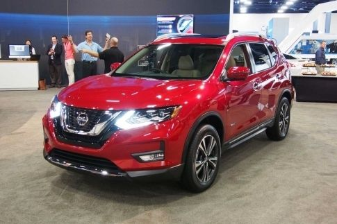 2017 Nissan Murano Hybrid Redesigned The Last Year And It Remains A 5 Penger Crossover Suv With Front