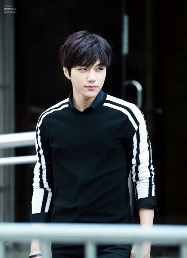 45 Charming Korean Men Hairstyles For 2016 Latest