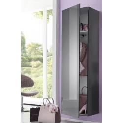 Wardrobes & bedroom closets