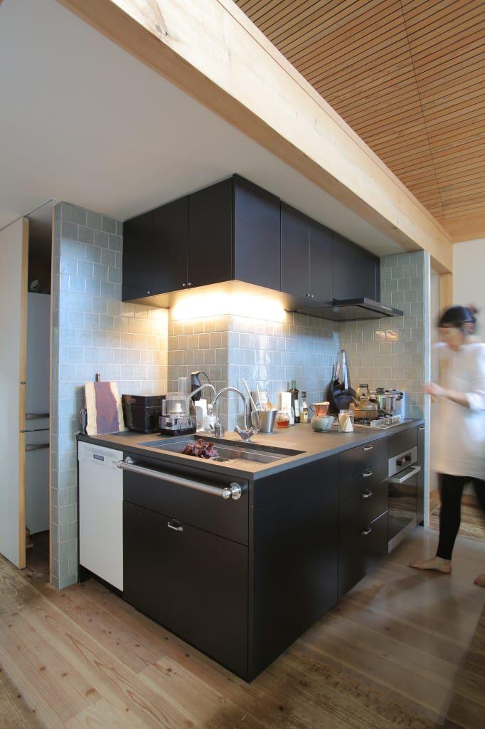 逆l字のキッチン オリジナルデザインの キッチン の すわ製作所