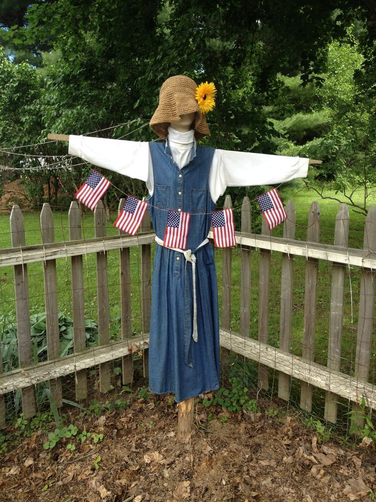 Pin by Sarah Bee on in and around the garden Scarecrows