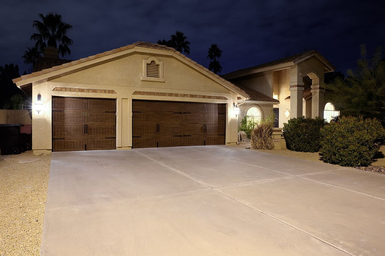 Scottsdale 3 Car Garage With Pool Homes For Sale Garage Scottsdale Homes For Sale Car Garage