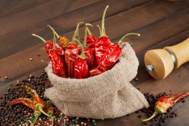 Beneficios Para La Salud De La Pimienta De Cayena Stuffed Peppers Red Chili Peppers Chili Pepper