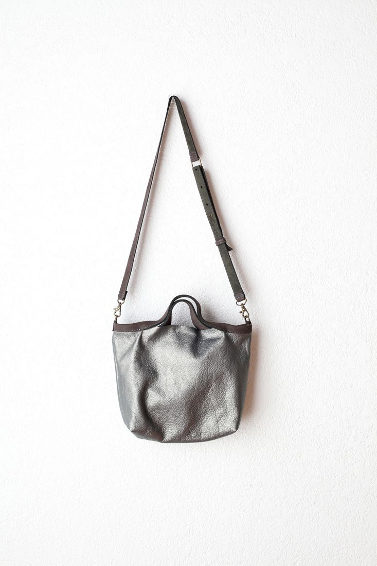 Jo for Mavenhaus Collective Shopping Bag Mini in Shimmer Gray #mavenhauscollective #slowfashion