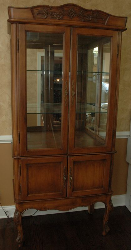 French Style Lighted Vitrine Display Curio Double Door Cabinet With