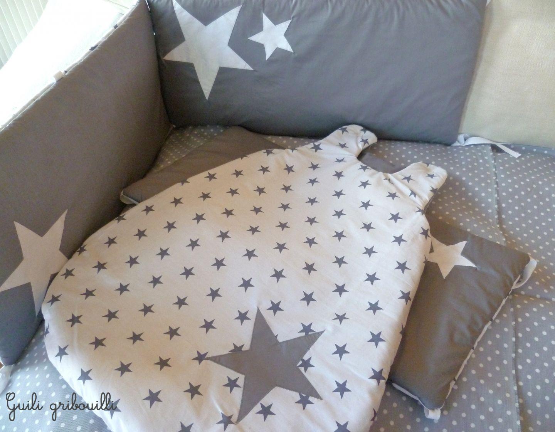 tour de lit et gigoteuse blanc gris toiles sur commande t u v e u x v o i r m a c h a. Black Bedroom Furniture Sets. Home Design Ideas