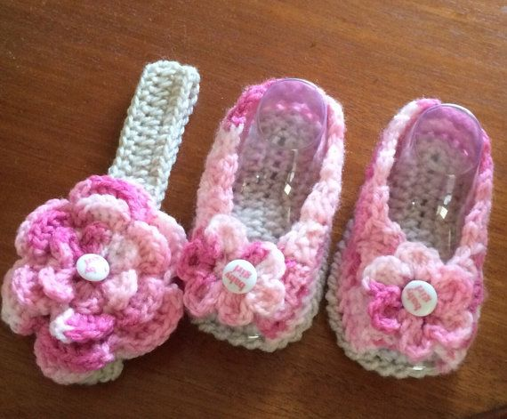 Crochet Baby Girl Peep Toe Flowered Shoes and от DylanaDesigns