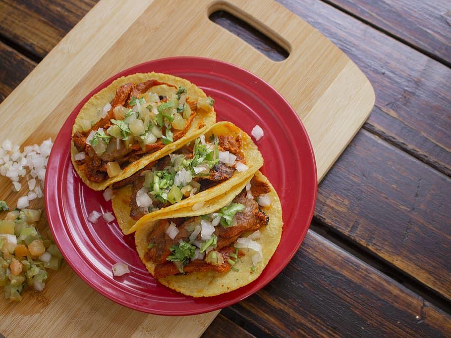 Tacos Mexicanos Cómo Hacer Tacos De Carne Pollo Y Más Paulina Cocina Recetas De Comida Mexicana Hacer Tacos Tacos Mexicanos