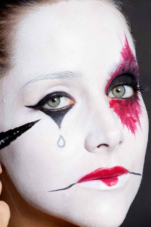 6 no-clothes-required halloween costumes   halloween makeup, makeup