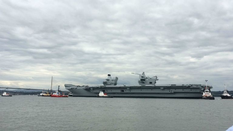 The Largest Ship Ever Built For The Royal Navy Has Left The Dockyard Where She Was Assembled For The First Time Hms Queen Elizabeth Aircraft Carrier Rosyth