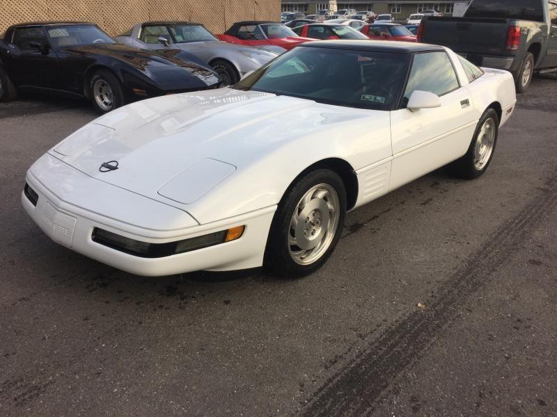 1994 Corvette Coupe For Sale In Pennsylvania 1994 White Chevy Corvette For Sale Corvette Corvette For Sale