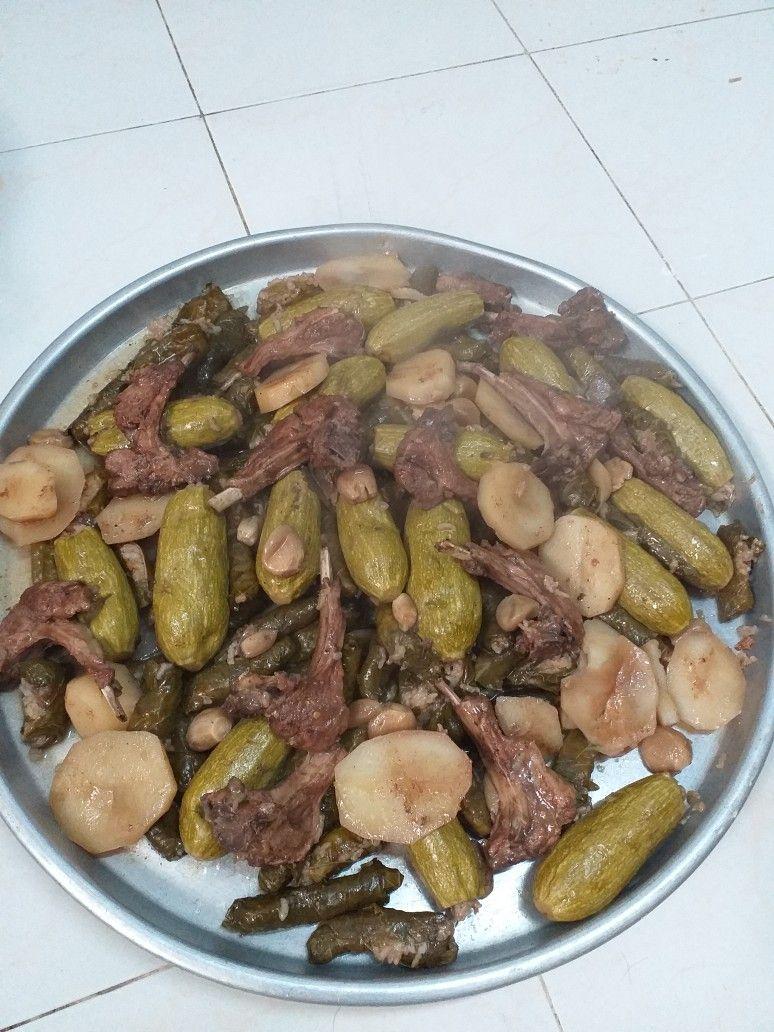 ورق عنب و كوسا مع ريش اللحم Food Meat Beef