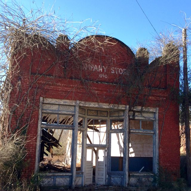 Abandoned North Carolina Homes: Old Mill Company Store In Crowders Mountain NC