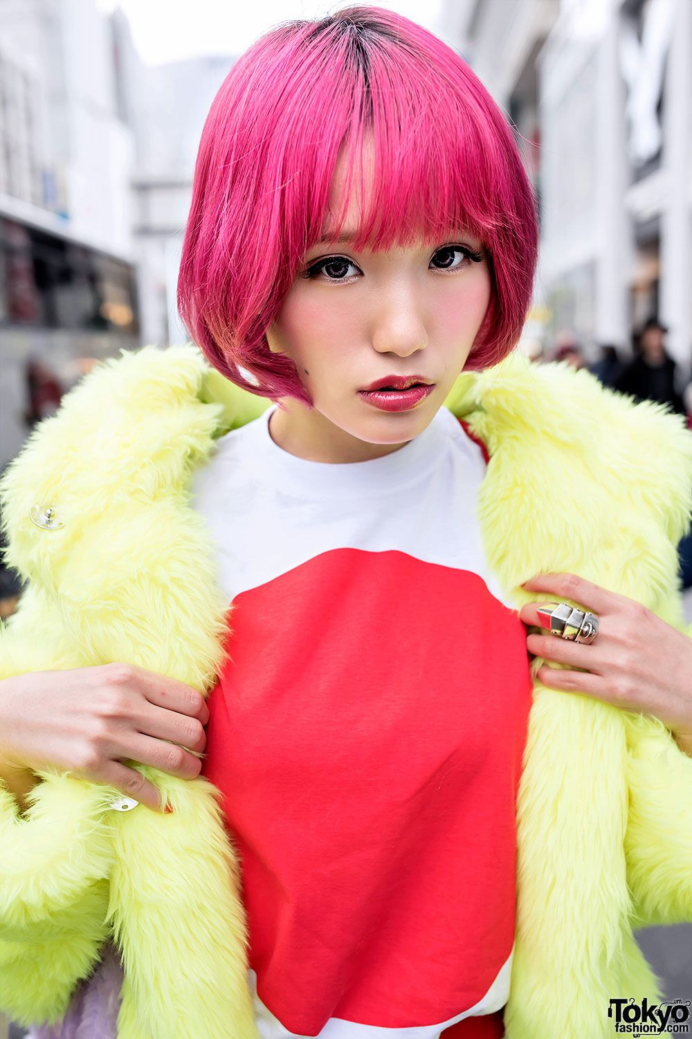 Mitake is a stylish Harajuku girl. Japanese Flag, Faux Fur & Pink Hair