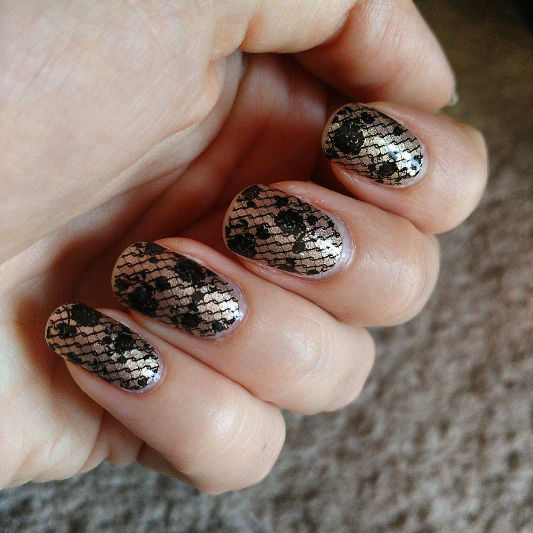 Amo queste patch di @sephora - #nails #notd #nailart #bbloggers #ibbloggers #cosmetic #cosmetics #polish #nailpaint #nailpolish #nailpainting #nailart #bbloggers #ibbloggers #cosmetic #cosmetics #polish #nailpaint #nailpolish  #glampolish #nailsoftheday #nailswag #instanails #mua #makeupartist #makeupartistsworldwide #makeuplover