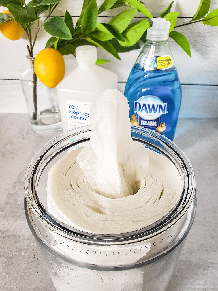 How to Make Homemade Disinfecting Wipes in 2020 (With
