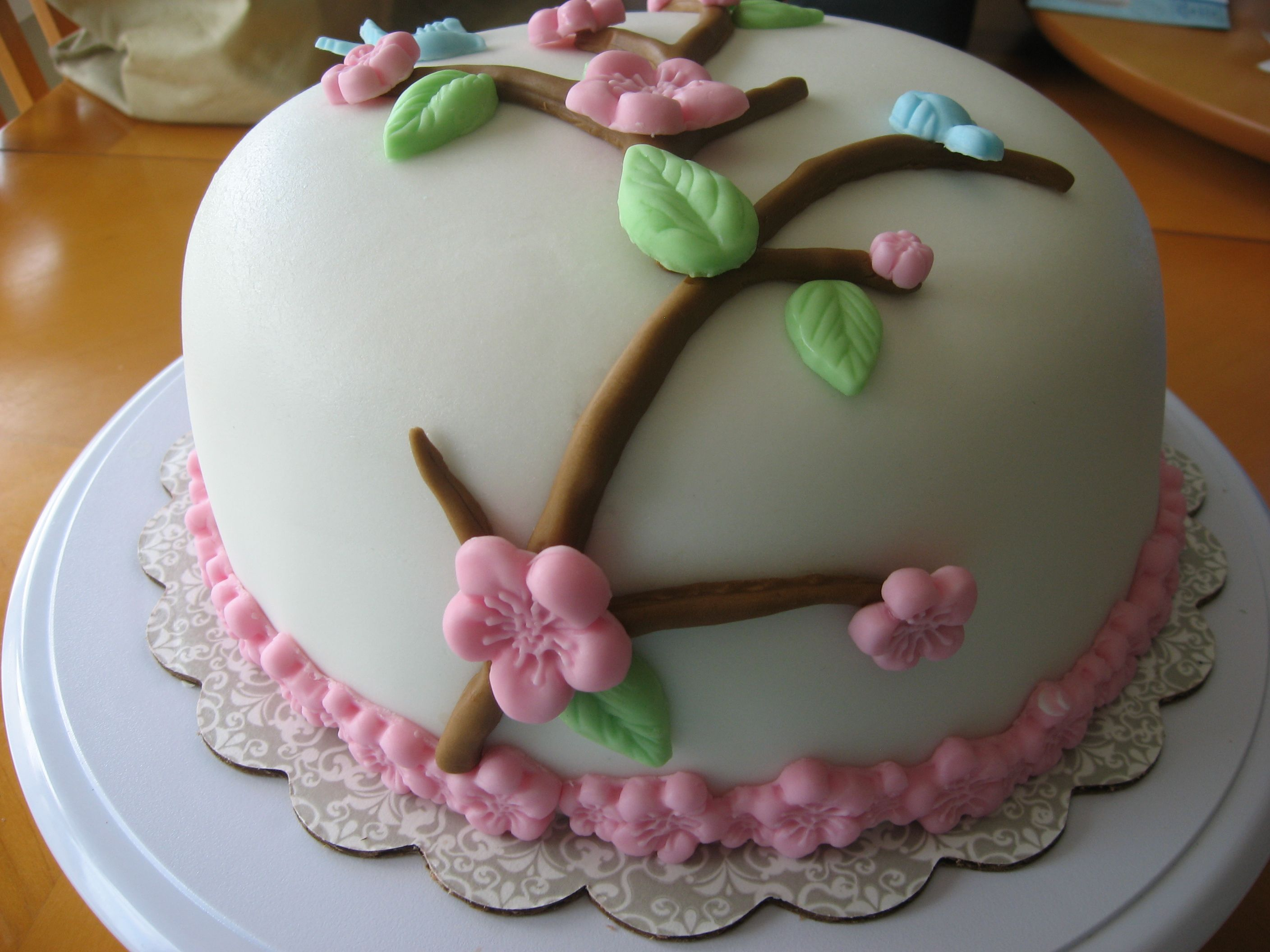 how to make cherry blossoms out of icing
