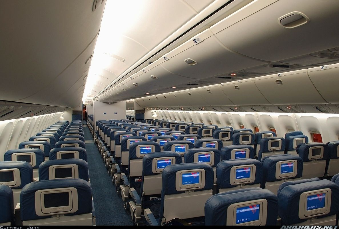 Delta Boeing 767 Interior. The sealed box of doom ...