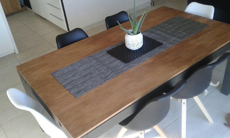 Table Et Chaises Chez Un Client Meuble Passion De Nice Meuble Du Monde Mobilier En Bois Meuble Indien