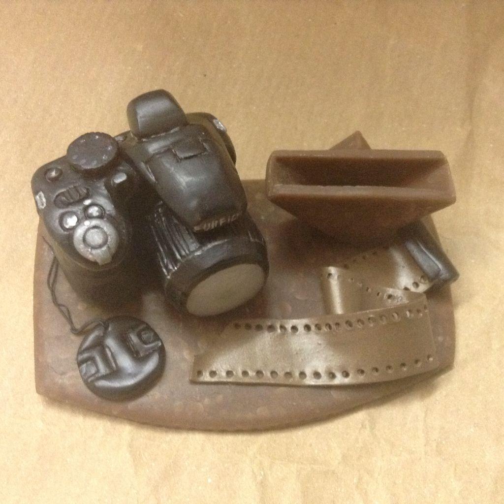 Porta biglietti da visita fatti a mano / handmade business card stand. Miniature: fotocamera. Wizzy Art di Tiziana Candito  Polymer clay, fimo handmade