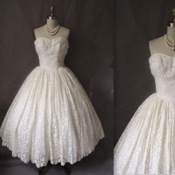 1950s style wedding dress. So gorgeous