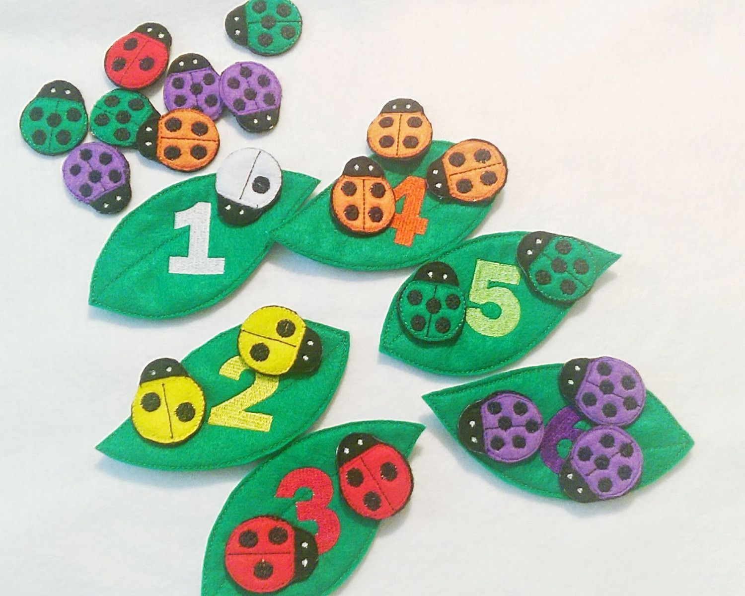 Felt ladybug counting and color matching game perfect for busy books ...