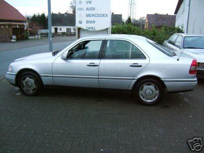 Mercedes-Benz C-Klasse C220D