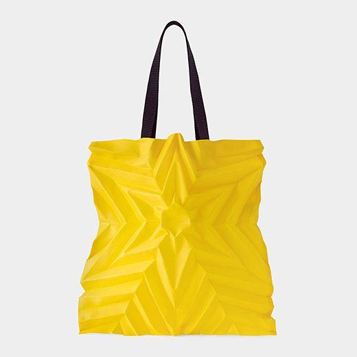 308d3da382 Issey Miyake Star Pleats Bag