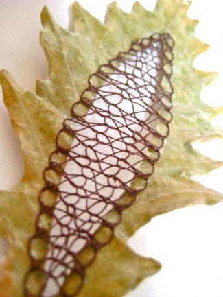 Caroline Bell Embroidered Leaves
