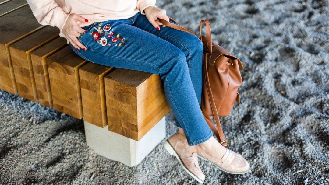 Wygodna Casualowa Stylizacja Ciazowa Na Co Dzien Fashion Capri Pants Pants