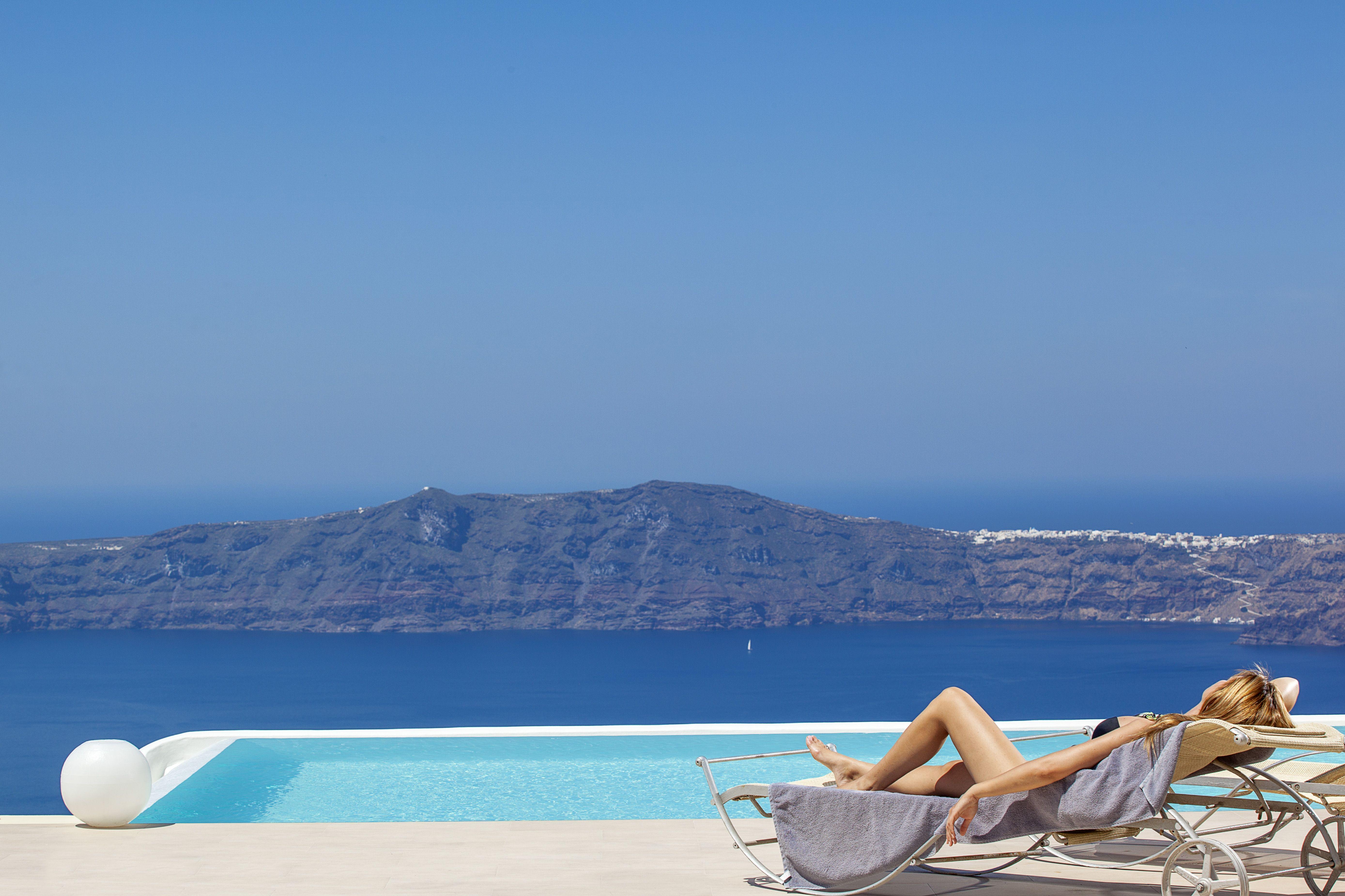 #WishyouwereHere La Maltese Estate in Imerovigli, Santorini, Greece http://www.slh.com/hotels/la-maltese-estate/