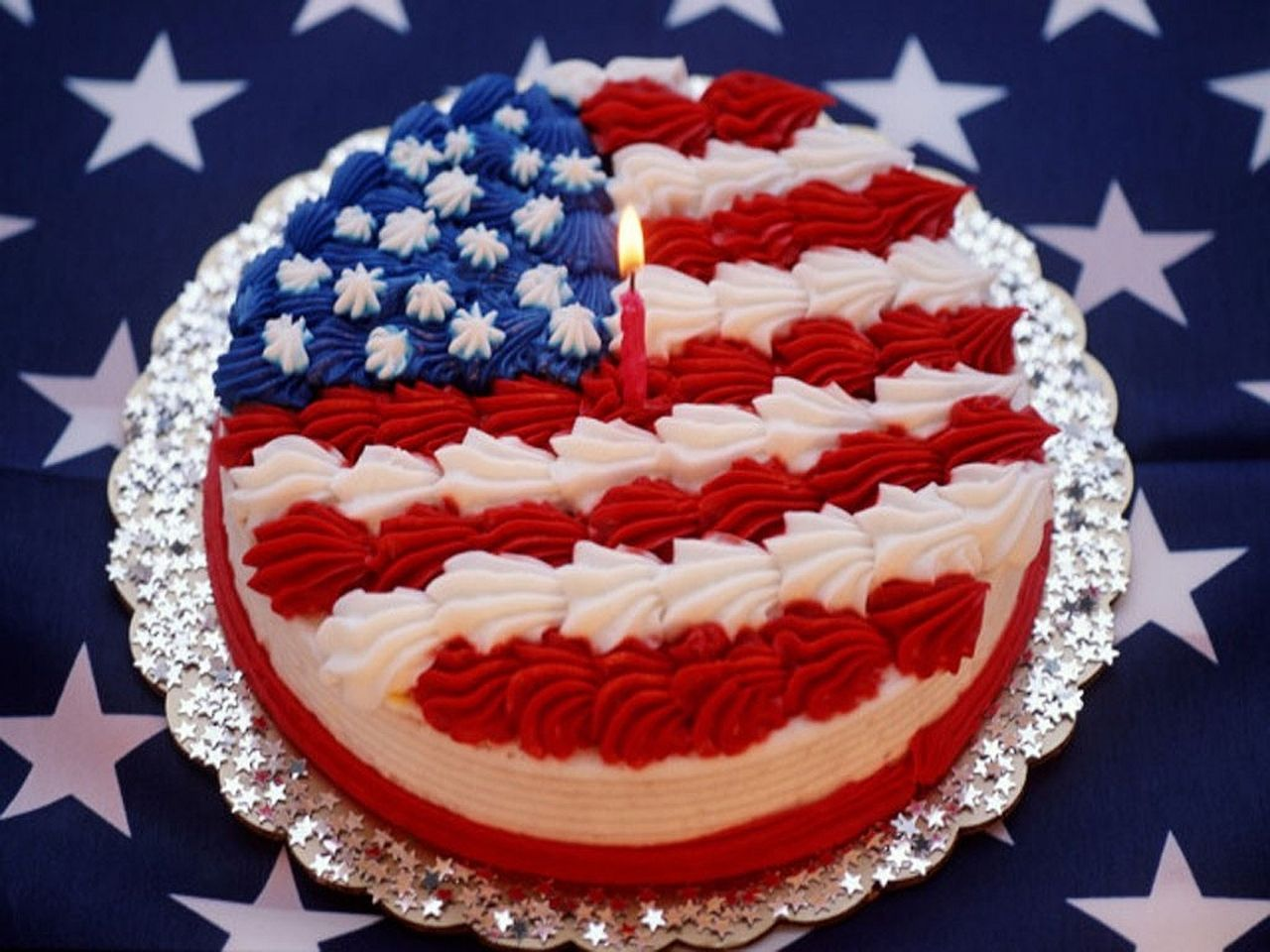 Round American Flag Cake With Images American Flag Cake Flag