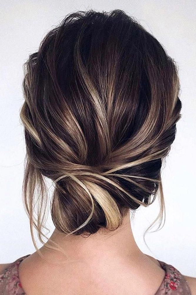 wedding guest hairstyles simple low side bun tonyastylist #sideUpdos #lowsidebuns