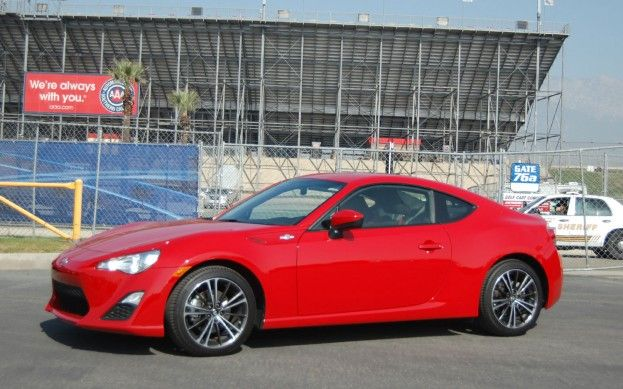 2013 Scion FR-S LT Update 9: Not For Everyone? - WOT on Motor Trend