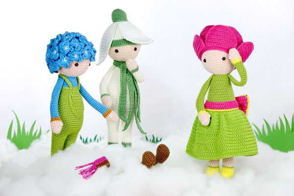 It has been snowing for a few days and Snowdrop Sia, Peony Pam and Hydrangea Hank went out to play. All of a sudden they discovered a pair of feet sticking out of the snow. It must be a new doll! What flower do you think it will be? Join the conversation on the Zabbez Facebook. Subscribe Read more...