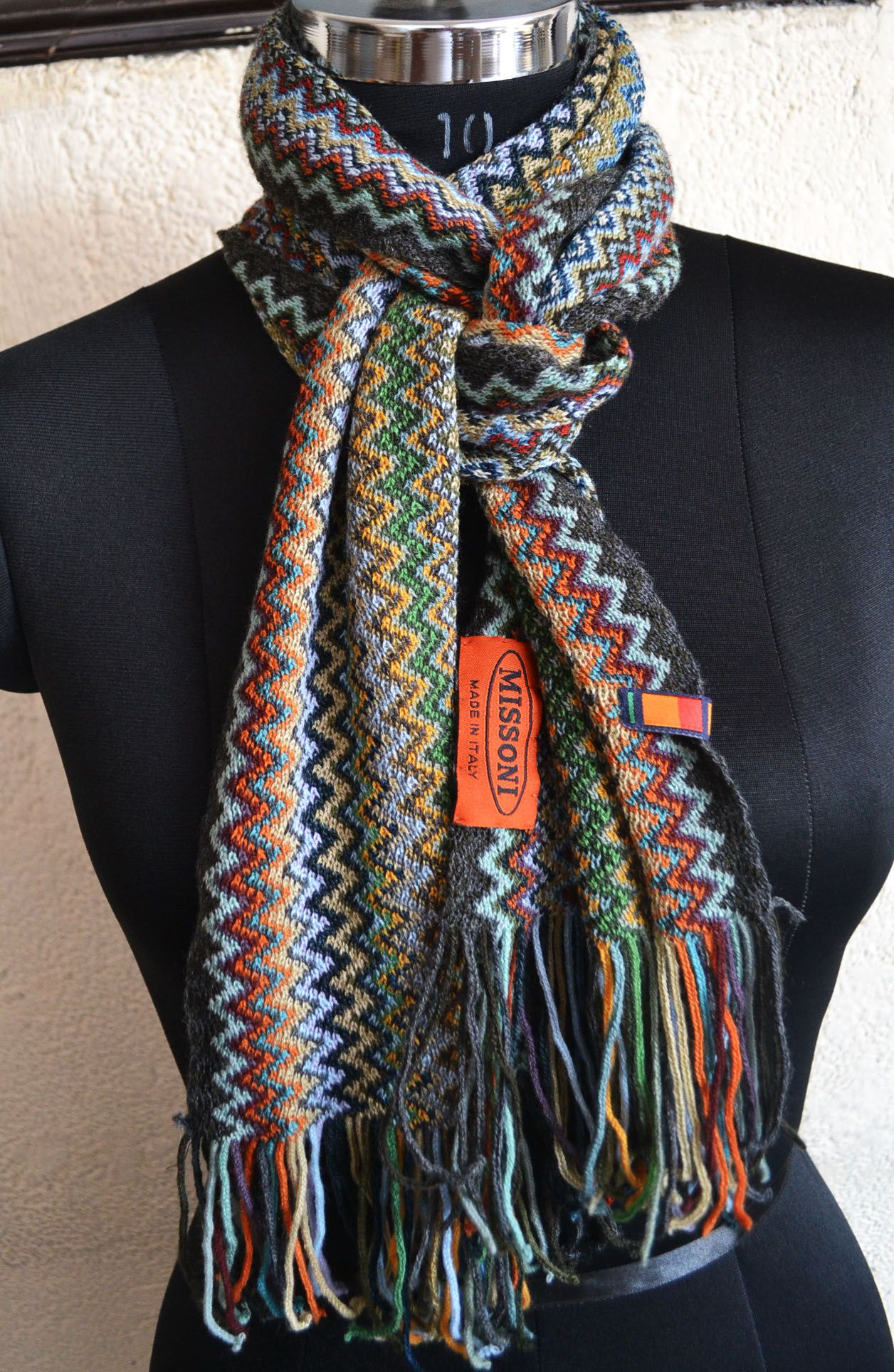 ac430cad5f133 Sale of Branded Pashminas - Missoni, BURBERRY, COACH Scarves - Cashmere &  Pure Silk - On sale off - Scarves, Mufflers.