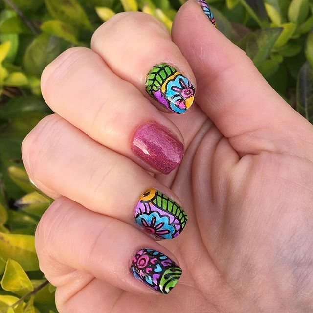 Gorgeous leadlighting from @madscientistnails on instagram, using stamping image plate LLA01