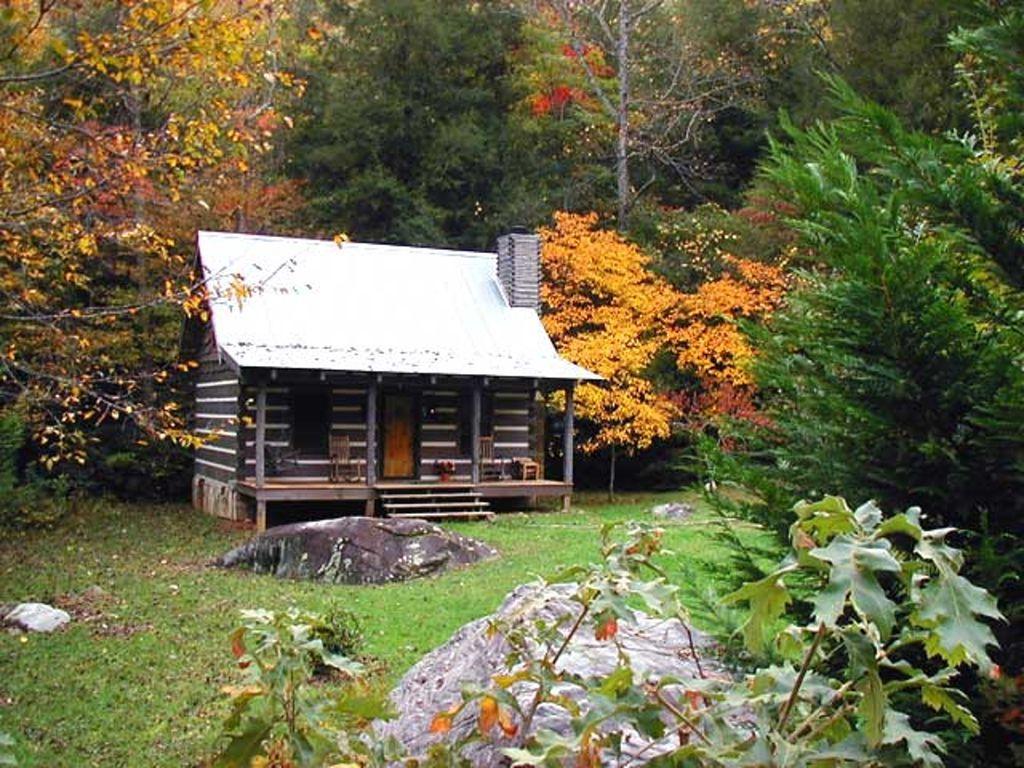 Cozy Dillard Log Cabin On A Mountain Stream Pay For 6 Nights 7th Night Free Otto Log Cabin Kits Cabin Cabin Kits