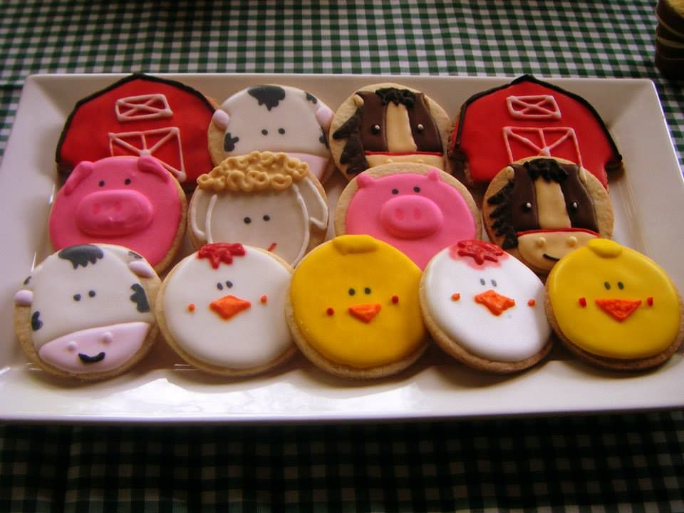 High Quality #Farm #Themed #Cookies. Click To View Some Beautiful Cakes For Your Farm
